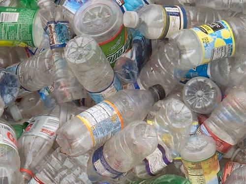 Degradación del envase plástico